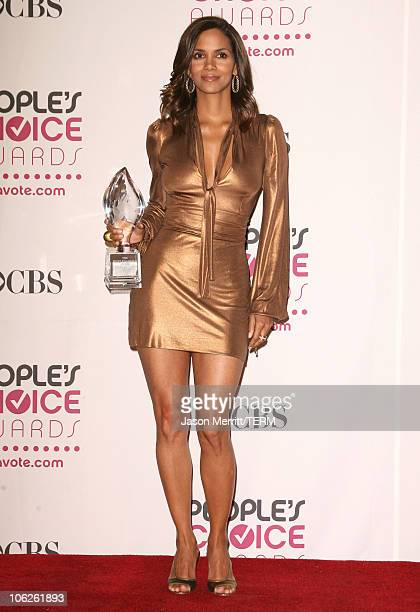 Halle Berry winner Favorite Female Action Star during 33rd Annual People's Choice Awards Press Room at Shrine Auditorium in Los Angeles California...