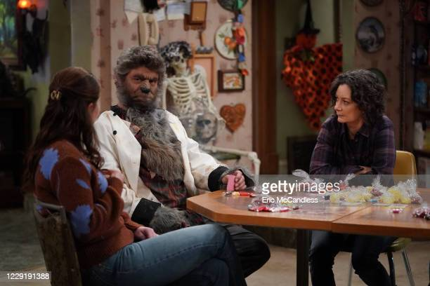 THE CONNERS Halloween and The Election vs The Pandemic Mary is devasted that Halloween has been canceled by the city so Darlene and Becky enlist...