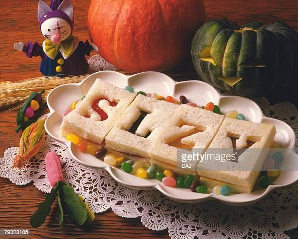 halloween, high angle view - candy dolls fotografías e imágenes de stock