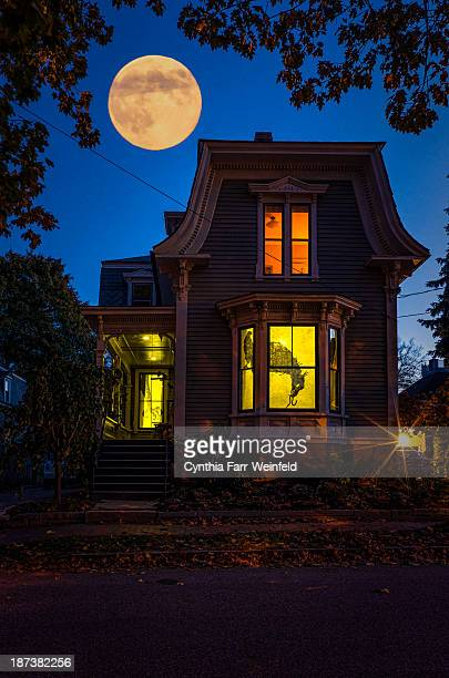 halloween house - www picture com stock photos and pictures