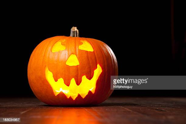 halloween pumpkin - halloween lantern stock photos and pictures
