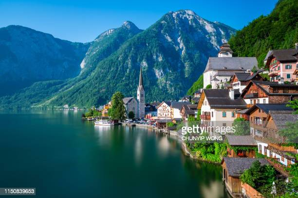 hallstatt at early morning in summer, austria - hallstatter see stock pictures, royalty-free photos & images