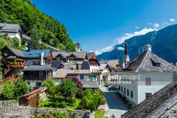 hallstatt in summer, nous gut, austria - salzburger land stock pictures, royalty-free photos & images