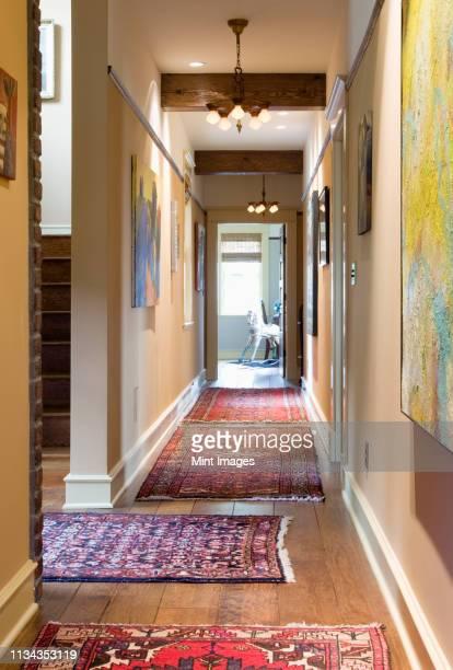 hallway - gang stockfoto's en -beelden