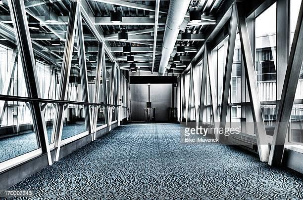 hallway - porträt bildbanksfoton och bilder