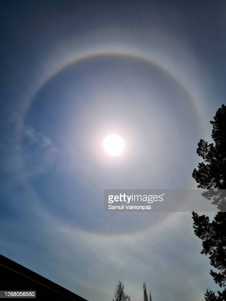 halo, optical phenomenon - light natural phenomenon stock pictures, royalty-free photos & images