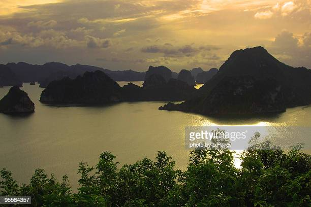 Ha-long bay at sunset