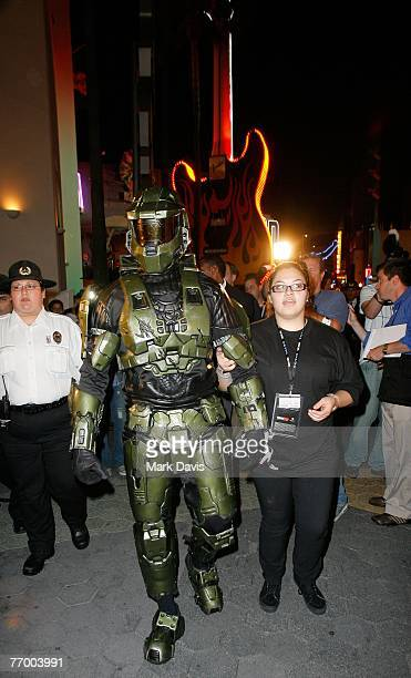 Halo 3 Pictures and Photos - Getty Images