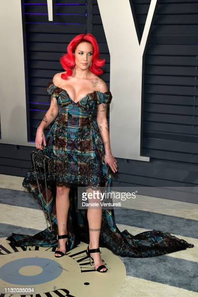 Halsey attends 2019 Vanity Fair Oscar Party Hosted By Radhika Jones Arrivals at Wallis Annenberg Center for the Performing Arts on February 24 2019...
