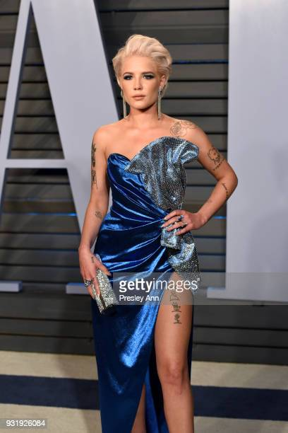 Halsey attends the 2018 Vanity Fair Oscar Party Hosted By Radhika Jones Arrivals at Wallis Annenberg Center for the Performing Arts on March 4 2018...