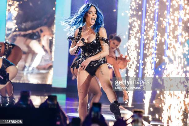 Halsey performs live on stage during MTV MIAW 2019 at Credicard Hall on July 3 , 2019 in Sao Paulo, Brazil.