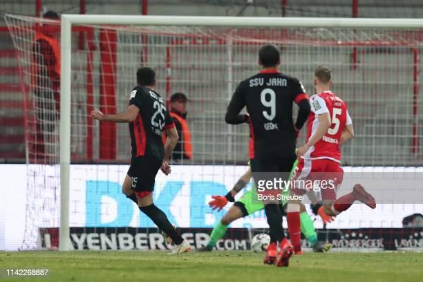 Hamadi Al Ghaddioui of SSV Jahn Regensburg scores his team's second goal during the Second Bundesliga match between 1. FC Union Berlin and SSV Jahn...