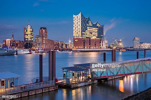 hamburg at dusk - elbphilharmonie stock pictures, royalty-free photos & images