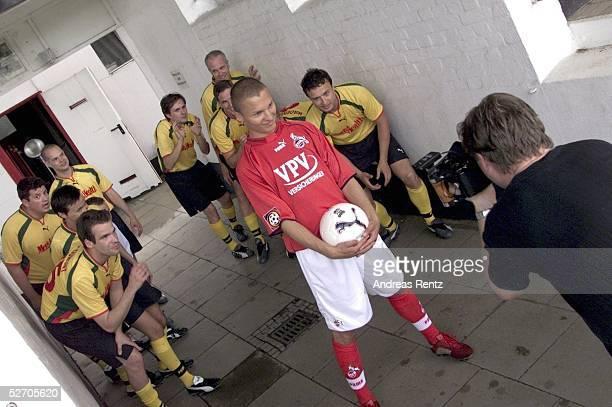 Hamburg Christian TIMM/1 FC Koeln zeigt Tipps und Tricks in Sachen Fussball fuer das Magazin MEN's HEALTH
