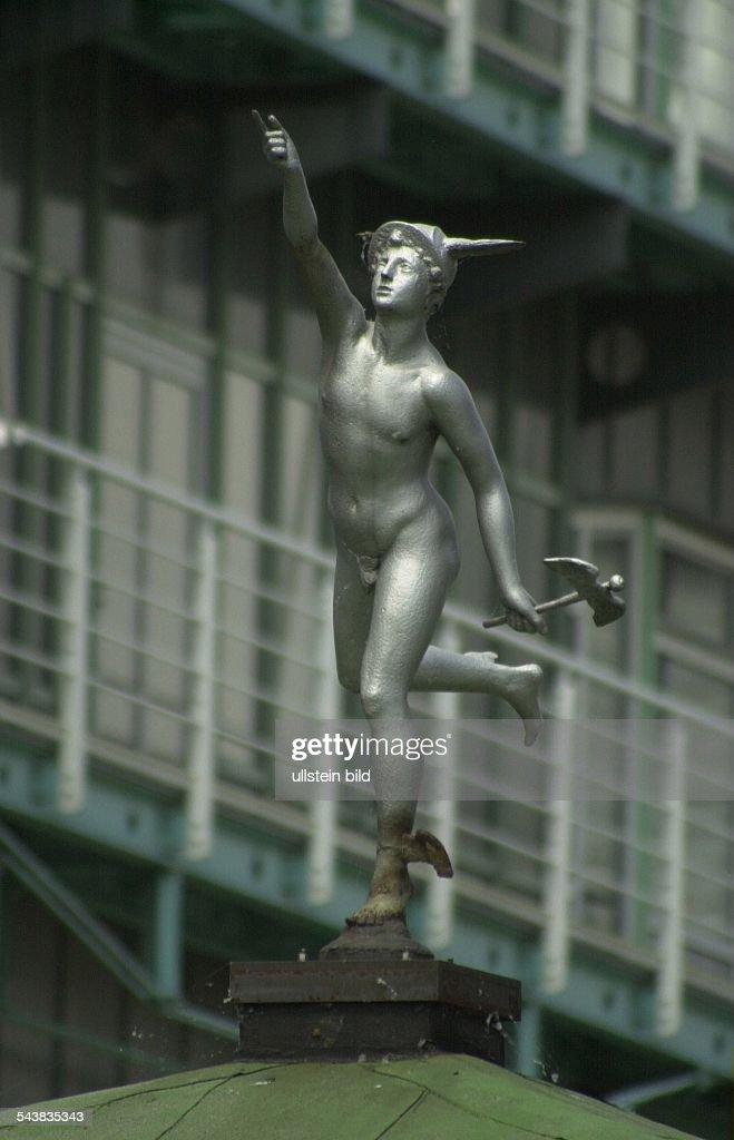 Hermes Skulptur / Hamburg