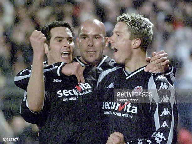 Hamburg; FC ST. PAULI - FC BAYERN MUENCHEN 2:1; Thomas MEGGLE, Marcel RATH, Nico PATSCHINSKI/FC ST. PAULI