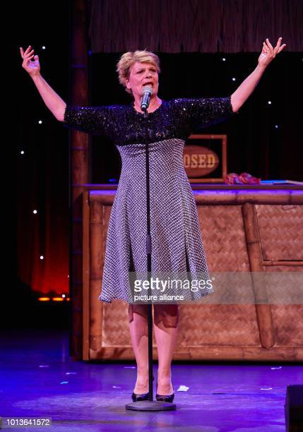 Gayle Tufts entertainer will be on stage at the Schmidt Theater during the dress rehearsal for the birthday show The Theater an der Reeperbahn...
