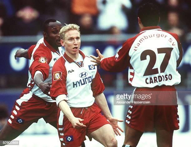 Hamburg HAMBURGER SV 1 FC KAISERSLAUTERN 21 JUBEL nach dem 10 Torschuetze Roy PRAEGER Rodolfo CARDOSO/HSV