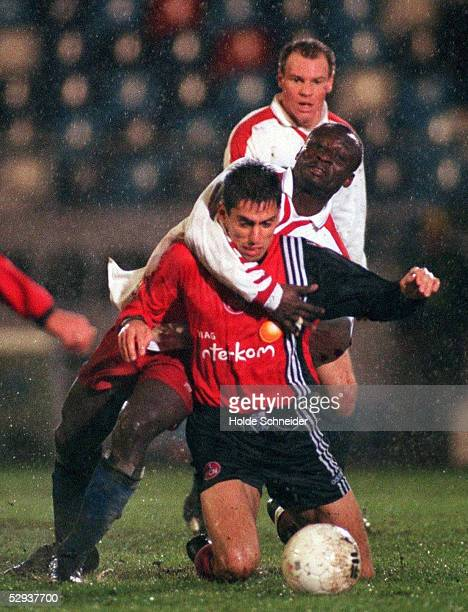 0 Markus GRASSER/Nuernberg Anthony YEBOAH/Hamburger SV