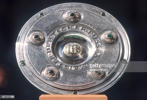 1 BUNDESLIGA 00/01 Hamburg HAMBURGER SV FC BAYERN MUENCHEN 11 MEISTERSCHALE