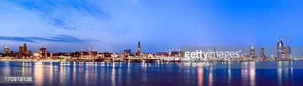 Puerto de Hamburgo, río elba