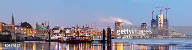 Hamburg harbour on ice, Elbe river, 57MPx