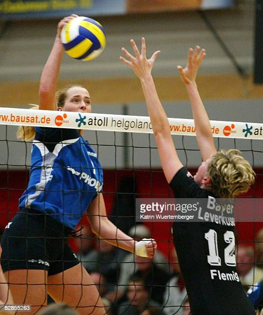 1 BUNDESLIGA 02/03 Hamburg TVF PHOENIX HAMBURG BAYER 04 LEVERKUSEN Christina BENECKE/PHOENIX Judith FLEMUNG/LEVERKUSEN