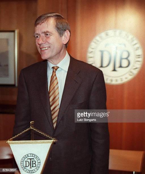 WAHL 1999 Hamburg WAHL DES PRAESIDIUMS DES DEUTSCHEN TENNIS BUND 1999 Georg Freiherr VON WALDENFELS