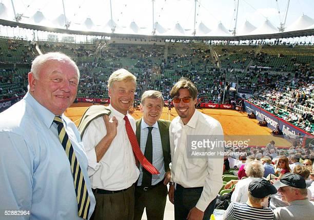 SERIES 2002 Hamburg Walter KNAPPER/Turnierdirektor HH Ole VON BEUST/Oberbuergermeister Hamburg Georg Freiherr VON WALDENFELS/DTB Praesident und...