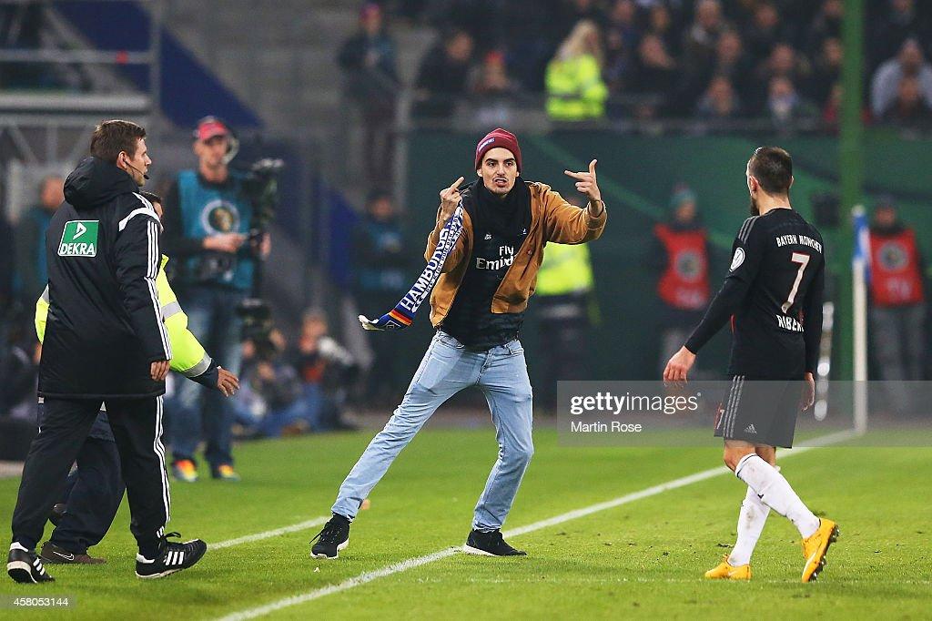 Hamburger SV v FC Bayern Muenchen - DFB Cup : News Photo