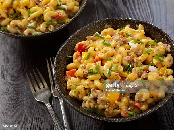 hamburger macaroni and cheese - macaroni and cheese stock photos and pictures