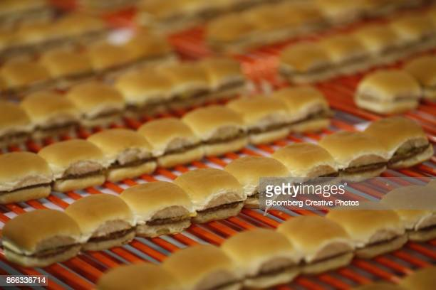 hamburger sliders - franchising stock pictures, royalty-free photos & images