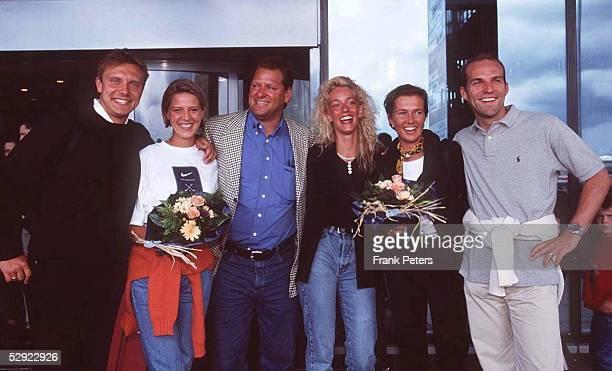 Hamburger SV 13.06.98, Andre BREITENREITER und Frau Claudia, Frank PAGELSDORF und Frau Katrin, Stefan SCHNOOR mit Frau Nicole