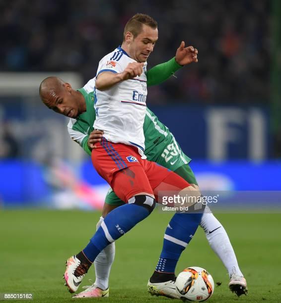 FUSSBALL 1 BUNDESLIGA SAISON Hamburger SV SV Werder Bremen Theodor Gebre Selassie gegen PierreMichel Lasogga