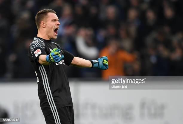 FUSSBALL 1 BUNDESLIGA 12 SPIELTAG SAISON Hamburger SV SV Werder Bremen Torwart Christian Mathenia jubelt nach dem 10