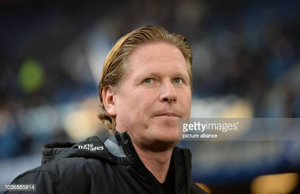 Hamburg's coach Markus Gisdol photographed before the Bundesliga soccer match betweenHamburger SVand Borussia Moenchengladbach at the...