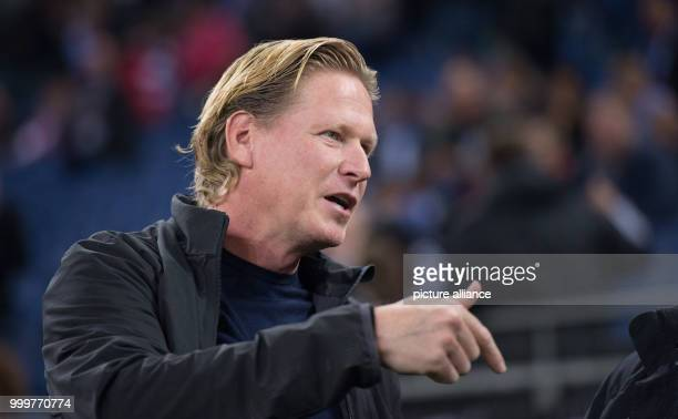 Hamburg's coach Markus Gisdol was pictured before the Bundesliga soccer match between Hamburg SV and RB Leipzig in the Volksparkstadium in Hamburg...