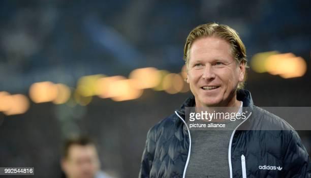 Hamburg's head coach Markus Gisdol before the German Bundesliga soccer match between Hamburger SV and Bayern Munich in the Volksparkstadion in...