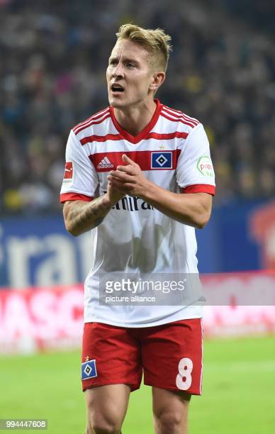 Hamburg's Lewis Holtby claps his hands during the German Bundesliga soccer match between Hamburger SV and Borussia Dortmund in the Volksparkstadion...