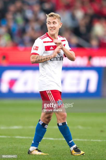 Hamburg's Lewis Holtby in action during the German Bundesliga football match between Bayer Leverkusen and Hamburg SV at the BayArena in Leverkusen...