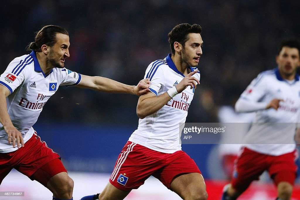 FBL-GER-BUNDESLIGA-HAMBURG-LEVERKUSEN : News Photo