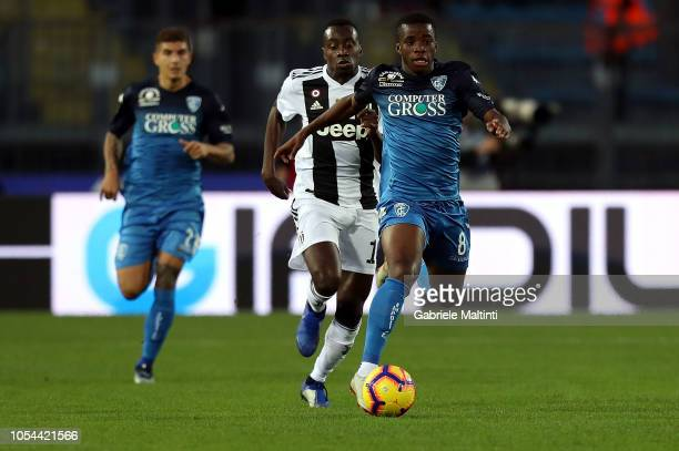 Hamed Junior Traore' of Empoli FC in action during the Serie A match between Empoli and Juventus at Stadio Carlo Castellani on October 27 2018 in...