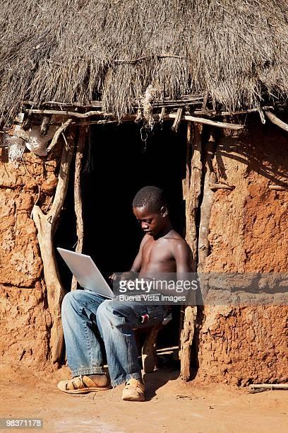 Hamer boy with laptop