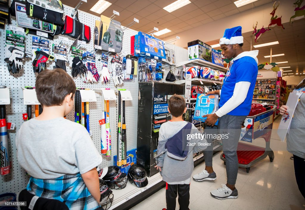 low priced f9ba7 3c002 Hamidou Diallo of the Oklahoma City Thunder shops with ...