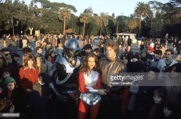 Hamilton Camp Caroline Munro and David Hasselhoff stand among a crowd of fans in Rome The three appear in science fiction movie Starcrash by director...