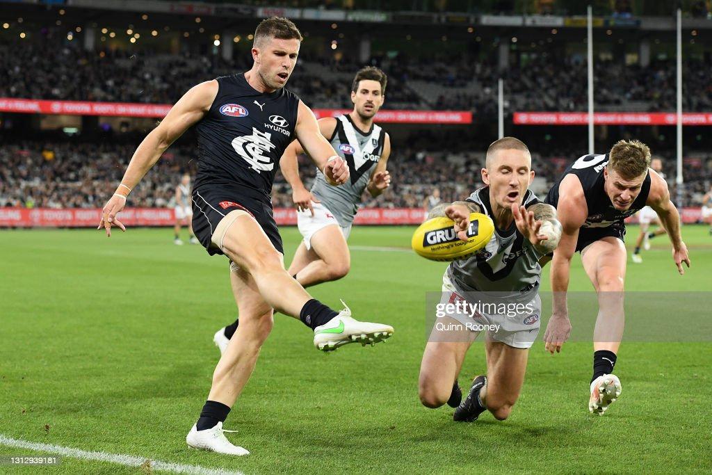 AFL Rd 5 - Carlton v Port Adelaide : News Photo