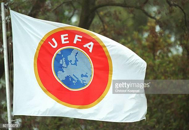 1; UEFA FAHNE/LOGO