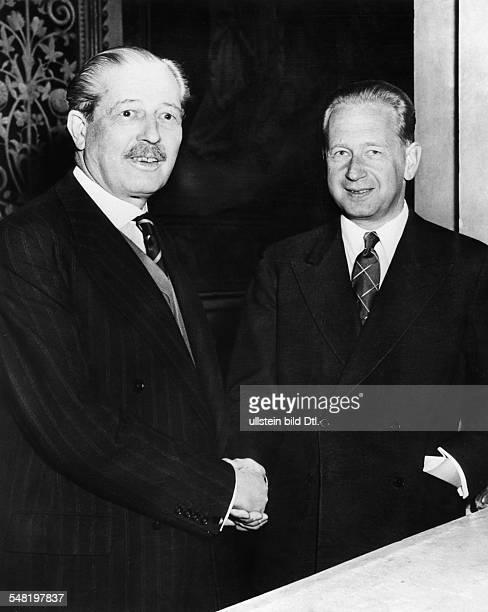 Hammarskjoeld, Dag *-+ Diplomat, Politiker, Schweden UN-Generalsekretaer 1953-1961 Friedensnobelpreis 1961 - in London mit dem britischen...