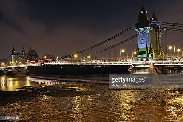 Hammersmith Bridge in London at night