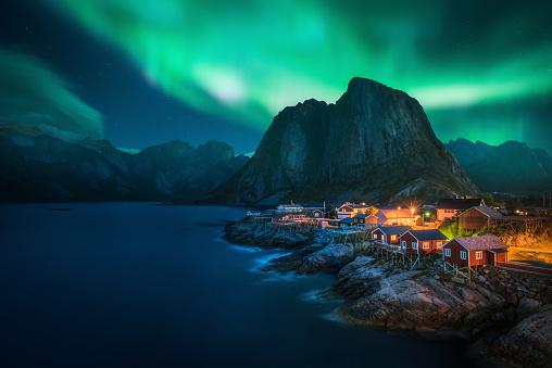 Hamnoy Aurora, Nordlands - gettyimageskorea